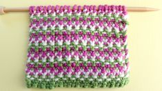How to Knit the Linen Stitch 3 Yarn Colors with Free Written Pattern and Video Tutorial by Studio Knit.