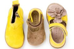 Sweet yellow summer shoes.  Perfect from Bisgaard