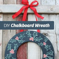Loving this #DIY #Chalkboard #Wreath for the Holidays!