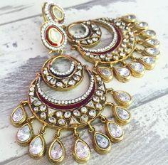 Pinterest: @pawank90 Headpiece Jewelry, Head Jewelry, Statement Jewelry, Wedding Jewelry, Indian Accessories, Bridal Accessories, Jewelry Accessories, Jewelry Design, Ruby Bangles