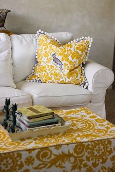 Love this color yellow - and the damask like print!