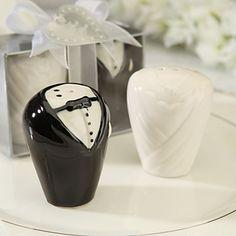Ceramic Bride And Groom Salt & Pepper Shakers Wedding Favor (Set of 2) – GBP £ 2.18