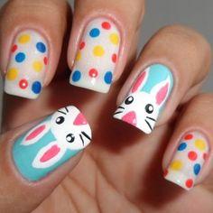 Uñas con lunares para Pascua, encuentra más diseños en http://www.1001consejos.com/unas-decoradas-para-pascua/