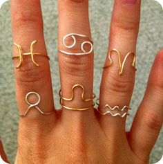 Zodiac Sign Ring Silver Plated or Gold colored available via Etsy Wire Jewelry Rings, Wire Jewelry Designs, Handmade Wire Jewelry, Wire Wrapped Jewelry, Cute Jewelry, Jewelry Crafts, Beaded Jewelry, Jewelry Ideas, Funky Jewelry