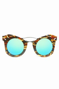 2016 ray ban sunglasses that you need, can't miss them! Police Sunglasses, Stylish Sunglasses, Ray Ban Sunglasses, Mirrored Sunglasses, Round Eyes, Sunglasses Women Designer, Eye Glasses, Kenzo, Look Fashion