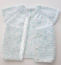 Knitted Baby Cardigan, Bargello, Baby Knitting Patterns, Mom And Baby, Crochet Yarn, Fashion, Summer Knitting, Templates, Moda
