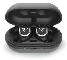 Jaybird premium sound Bluetooth headphones are the perfect accessory for athletes, runners, & fitness fanatics. Workout Headphones, Wireless Headphones Review, Wireless Headphones For Running, Kids Headphones, Sports Headphones, Headphone Reviews, Leica, Best Earbuds For Running, Xbox