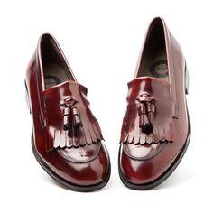 Tammi – Tassel loafer | beatnikshoes.com Handmade in Spain in genuine leather. Worldwide shipping by UPS. € 129,99