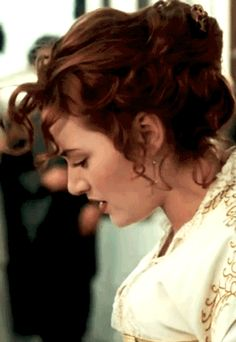 #gif_of_leo Leonardo DiCaprio While young as Jack Dawson W/ Kate Winslet as Rose DeWitt Bukater