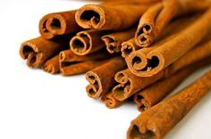 Learn about cinnamon tea benefits and side effects. Find out how cinnamon tea effects blood sugar, weight loss, pregnancy and more. Cinnamon Tea, Cinnamon Powder, Cinnamon Sticks, Cinnamon Rolls, Cinnamon Allergy, Real Cinnamon, Cassia Cinnamon, Cinnamon Cookies, Home Remedies