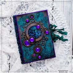 5 Year Old Arts And Crafts Refferal: 1319306421 Handmade Journals, Handmade Books, Altered Books, Altered Art, Altered Canvas, Buch Design, Magic Book, Polymer Clay Crafts, Journal Covers