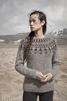 Álafoss - since Icelandic knitting yarn, Icelandic wool sweaters, Icelandic design and souvenirs at a reasonable price - world wide shipping. Ropa Free People, Icelandic Sweaters, Nordic Sweater, Fair Isle Knitting, Sweater Design, Mode Inspiration, Knitwear, Knit Crochet, Knitting Patterns