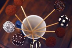 Cake Pops, Biscuit, Desserts, Sweets, Rome, Cookie Favors, Postres, Cakepops, Deserts