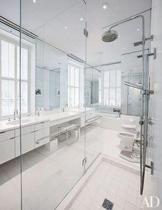 15 White Bathroom Renovating Ideas