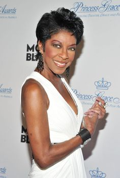 natalie cole | Natalie Cole Photos - Princess Grace Awards Gala - Arrivals - Zimbio