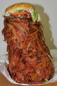 Hamburguesa con beicon  Vía: PilloSitio.com #humor #hamburguesa