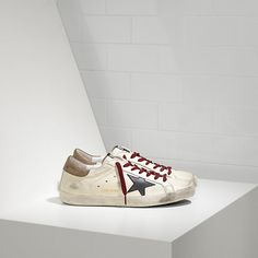 https://www.goldengoosesneakerssale.com/  167 : Superstar Sneakers in Leather with Leather StarMmnAeBpiu