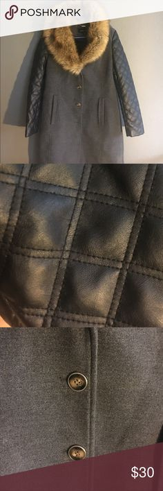 🌿REDUCED PRICE🌿 Genuine leather sleeves, faux fur collar, medium. Worn only once to an event. No damage, pristine. Used black rivet coats sale upwards of $80 on eBay and other resale site. This is a steal. Jackets & Coats