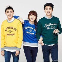 Encantadores 💚 #LeeHyunWoo #KimSoHyun #ParkSeoJoon Lee Hyun Woo, Kim Sohyun, Seo Joon, Beautiful Dresses, Graphic Sweatshirt, Sweatshirts, Sweaters, Twitter, Fashion