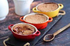 Σουφλέ πραλίνας με 4 μόνο υλικά | Cool Artisan Peanut Butter, Pudding, Chocolate, Cooking, Tableware, Desserts, Food, Gastronomia, Kitchen