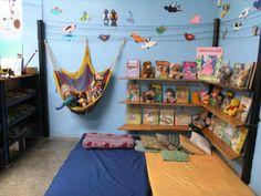 Ти да видиш: Кътове в ДГ 1 Classroom Environment, Classroom Setup, Multipurpose Dining Room, Preschool Reading Corner, Diy Gate, Happy Home Fairy, Home Structure, Ideas Para Organizar, Book Nooks