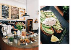 "HINGEHEN: Fluffige Pancakes und leckeres Avocadobrot – Das Café ""Dots"" in Neukölln"