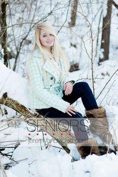 Senior snow photos  www.jeremyandvickie.com