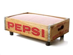 Luxury Vintage Pet Bed for Cat or Dog, Upcycled Soda Crate, Rustic Industrial Chic, Reversible Pepsi Canada Dry, Red & White Stripe Coca Cola, Diy Dog Bed, Palette, Animal Projects, Diy Projects, Wood Crates, Pallet Wood, Vintage Cat, Vintage Ideas