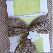 burlap wedding invitations - Buscar con Google