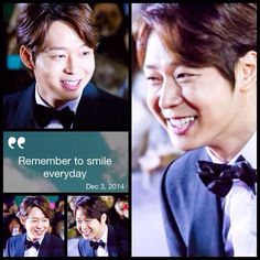 "He's Smiling Sweetly ""Bagging"" Actor Awards ❤️ JYJ Hearts"