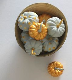 15 Glam Pumpkin Designs For A Glitzy Fall And Halloween Décor / Cut out center of small pumpkins and put votive candle inside. Diy Halloween Decorations, Thanksgiving Decorations, Halloween Crafts, Happy Thanksgiving, Halloween Ideas, Cute Pumpkin, Diy Pumpkin, Pumpkin Ideas, Fall Pumpkins