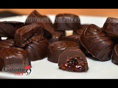 Reteta de Bomboane de Ciocolata - YouTube Cupcake Cookies, Chocolate Desserts, Food And Drink, Candy, Make It Yourself, Ethnic Recipes, Sweets, Recipes, Gluten Free Meals
