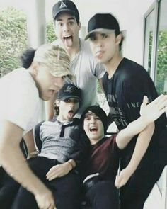 Mis papasitos bellos ♡♡♡ Boys Who, My Boys, Memes Cnco, Cnco Richard, Disney Music, Just Pretend, Latin Music, O Love, Selfie Time