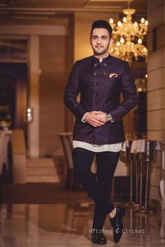 Fashionable Groom Outfit Ideas for Reception Ceremony Mens Wedding Wear Indian, Sherwani For Men Wedding, Mens Indian Wear, Wedding Dresses Men Indian, Indian Groom Wear, Wedding Dress Men, Wedding Outfits For Men, Backless Wedding, India Fashion Men