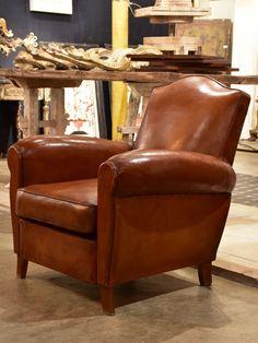 Small Chapeau Gendarme Vintage Club Chair
