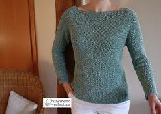 Seit etwa einem Jahr schon wollte ich mir einen Pullover häkeln. Das passende Garn dazu hatte ich schon lange. Das Lana Grossa Opera, Farbe 06 mint, mit den vielen kleinen Pailletten musste es sein…