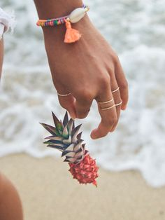 Mini pineapples are the cutest little thing!