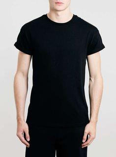 Rundhals T-Shirt mit Krempelärmeln, schwarz