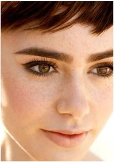 [Lily Collins] Marie Claire Photoshoot & Tatler Outtake (บันเทิงตะวันตก) She looks like a young Audrey Hepburn.