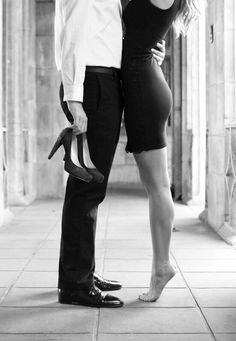 Black and White Photography – Couples Tips – B & W Photography ltd Couple Chic, Classy Couple, Love Couple, Couple Goals, Cute Relationship Goals, Cute Relationships, Secret Relationship, Couple Posing, Couple Shoot