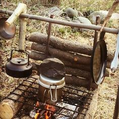 Survival camping tips – Thonkhs – bushcraft camping Bushcraft Camping, Camping 3, Bushcraft Skills, Camping Survival, Outdoor Survival, Survival Prepping, Survival Gear, Survival Skills, Camping Hacks