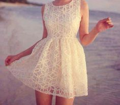textured little white dress. love for rehearsal dinner or bridal shower. The needs of the dress are comfort, style, fit, color to set the mo. Vestidos Off White, Off White Dresses, Little White Dresses, Casual Dresses, Summer Dresses, Summer Clothes, Maxi Dresses, Dress Outfits, Beach Clothes