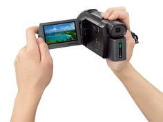 Handycam 4K FDR-AX33: tecnologia 4K a portata di mano