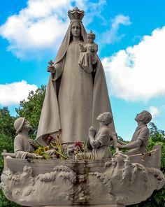 Virgen de la Caridad del Cobre - Javier Borges / Cementerio de la Habana, Cuba