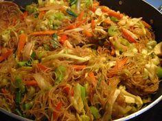 Pancit Bihon Recipe | This is one of Philippine's famous dish ... PANCIT BIHON.