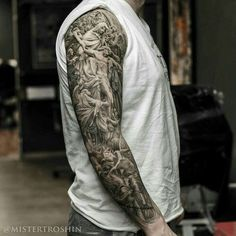 50 jesus sleeve tattoo designs for men - religious ink ideas Full Sleeve Tattoos, Tattoo Sleeve Designs, Tattoo Designs For Women, Tattoo Sleeves, Tatuajes Tattoos, Arm Tattoos, Body Art Tattoos, Tatoos, Tattoo Drawings