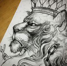 Черно-белый эскиз льва с короной
