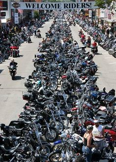 Sturgis, South Dakota... Bike Week... OMG!