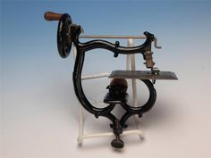 """Remedy """"Our New No 10"""" American Cast Iron Toy Sewing Machine Patented 1900 1902 