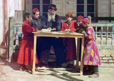 A group of Jewish children with a teacher in Samarkand, (in modern Uzbekistan), ca. 1910. Google Map, (Prokudin-Gorskii Collection LOC)